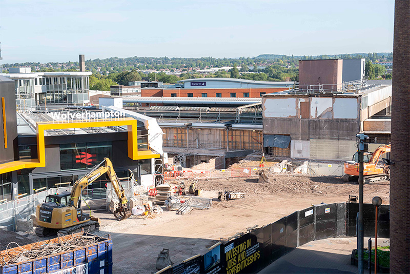 Wolverhampton Railway Station phase one complete (left) and phase two in construction (right)
